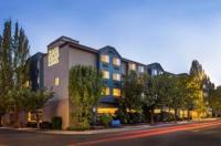 Silver Cloud Inn - Portland