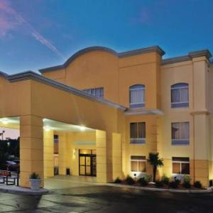 Darlington Raceway Hotels - La Quinta Inn & Suites Florence