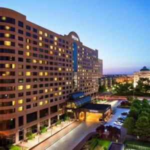 Pan Am Plaza Hotels - The Westin Indianapolis