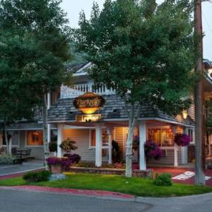 Hotels near Jackson Hole Center For The Arts - Parkway Inn