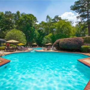 Hotels near Senoia Raceway - Wyndham Peachtree Conference Center
