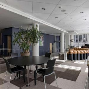Hotels near Iowa Memorial Union - Hotelvetro