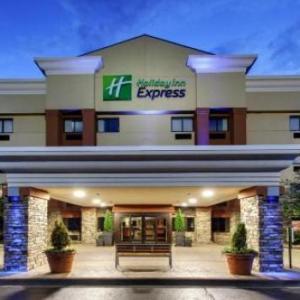 Holiday Inn Express Hotel Fort Campbell-Oak Grove an IHG Hotel