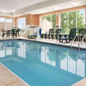 Goodyear Theater Akron Hotels - Country Inn And Suites By Carlson Cuyahoga Falls