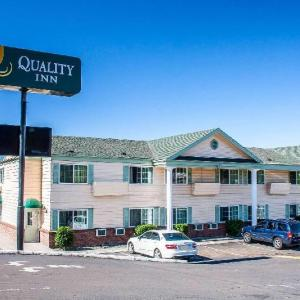 Hotels near Rogue Theatre Grants Pass - Quality Inn Grants Pass