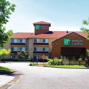 Mount Hood Community College Hotels - Holiday Inn Express Portland East - Troutdale