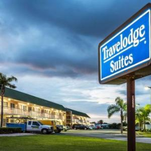 Hotels near Okeechobee Agri-Civic Center - Travelodge Suites By Wyndham Lake Okeechobee