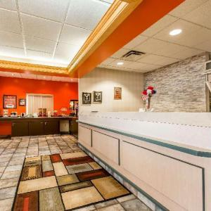 Cambria County War Memorial Arena Hotels - Econo Lodge Johnstown