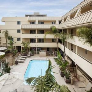 Hotels near First Unitarian Universalist Church San Diego - Sommerset Suites Hotel