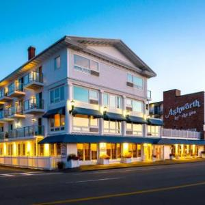 Hotels near Hampton Beach Casino Ballroom - Ashworth By The Sea Hotel