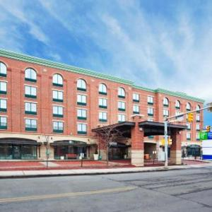 Hotels near Diesel Club Lounge - Holiday Inn Express Hotel & Suites Pittsburgh South Side