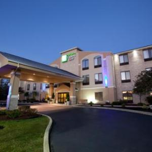Holiday Inn Express Hotel And Suites Plymouth