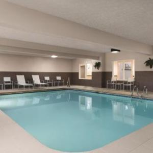 Country Inn & Suites By Carlson Fairborn-South