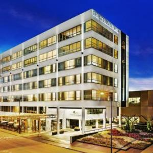 Hotels near Knoxville Convention Center - The Tennessean Personal Luxury Hotel