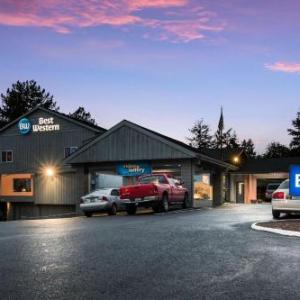 Hotels near Jesuit High School Portland - Shilo Inn Suites Hotel - Portland/beaverton