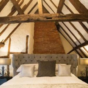 Norfolk Showground Hotels - Kings Head Bawburgh