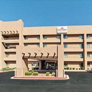 Bank of America Theatre Albuquerque Hotels - Hawthorn Inn And Suites Albuquerque