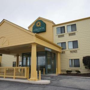 Hotels near Cuyahoga Valley Scenic Railroad - La Quinta Inn Cleveland Independence