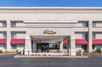 Baymont Inn U0026 Suites Detroit/Roseville