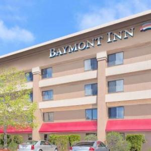 Crossroads Village and Huckleberry Railroad Hotels - Baymont By Wyndham Flint