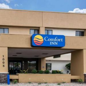 Hotels near Sweetwater Performance Pavilion - Comfort Inn Fort Wayne
