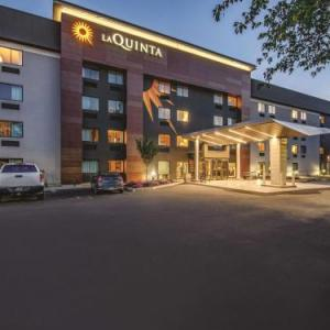 International Skating Center of Connecticut Hotels - La Quinta Inn & Suites Hartford ¿ Bradley Airport