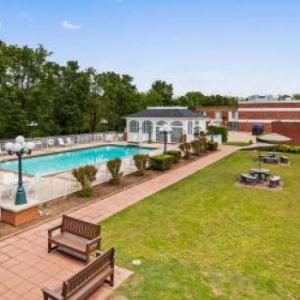 Eureka Springs City Auditorium Hotels - Best Western Eureka Inn