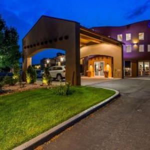 Hodi's Half Note Hotels - Best Western Kiva Inn