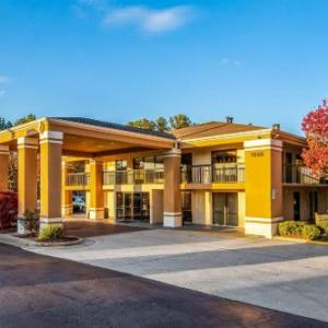 Stone Mountain Park Hotels - Quality Inn Stone Mountain