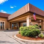 Boarders Inn & Suites by Cobblestone Hotels -Fairfield
