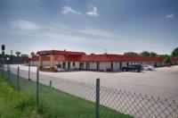 Red Coach Inn Image