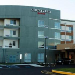 Dave and Busters Franklin Mills Hotels - Courtyard By Marriott Philadelphia Bensalem