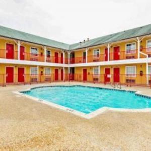 San Antonio Events Center Hotels - OYO Hotel San Antonio Lackland near Seaworld