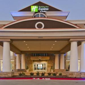 Hotels near Texas Motor Speedway - Holiday Inn Express & Suites Fort Worth North - Northlake