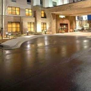 Hotels near Shoals Theater - Hampton Inn & Suites Florence-Downtown