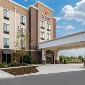 Hotels near Legion Field Stadium - Comfort Inn & Suites at CrossPlex Village