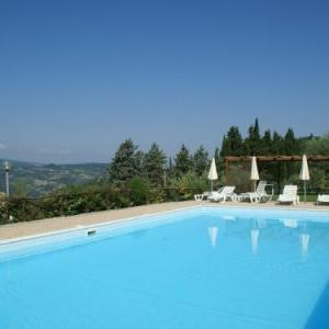 Book Now Fattoria I Fratelli Brunelleschi (Dicomano, Italy). Rooms Available for all budgets. Located in Dicomano Fattoria I Fratelli Brunelleschi is an apartment featuring a seasonal outdoor pool. The unit is 27 km from Florence. Free WiFi is featured .The unit is equ