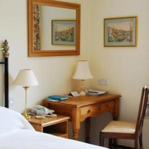 Hotels near Escot Park Exeter - Larkbeare Grange Bed And Breakfast