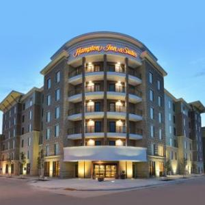 Temple for the Performing Arts Hotels - Hampton Inn & Suites Des Moines Downtown