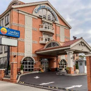 Hotels near Blackthorn 51 - Comfort Inn & Suites LaGuardia Airport