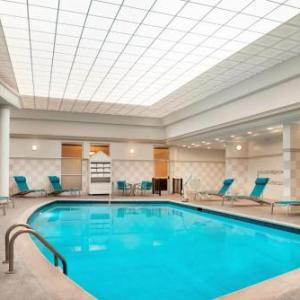 Madison Live Hotels - Radisson Hotel Cincinnati Riverfront