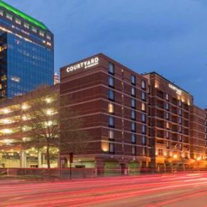 Hotels near KFC Yum Center - Courtyard By Marriott Louisville Downtown