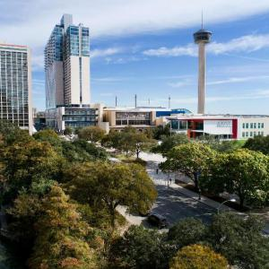 Hotels near Gayle and Tom Benson Stadium - Grand Hyatt San Antonio