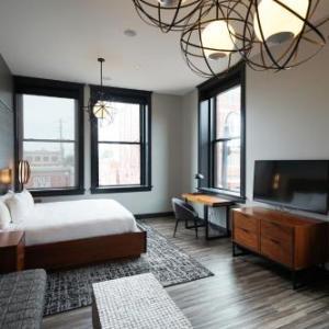 Hotels near Outland Ballroom - Hotel Vandivort