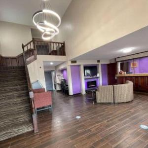 Hotels near Cat Osterman Experience - Best Western White House Inn