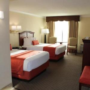 Ace Speedway Hotels - Best Western Plus Burlington