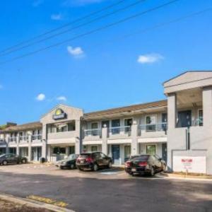 Days Inn Raleigh Glenwood-Crabtree NC, 27612