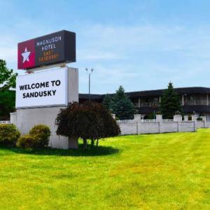 Sandusky State Theatre Hotels - Magnuson Hotel East Sandusky