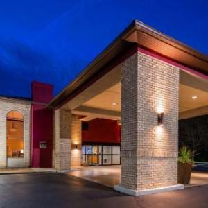 Fawcett Stadium Hotels - Best Western Plus North Canton Inn & Suites