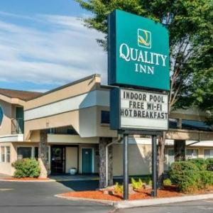 Hotels near Klamath County Fairgrounds - Quality Inn Klamath Falls